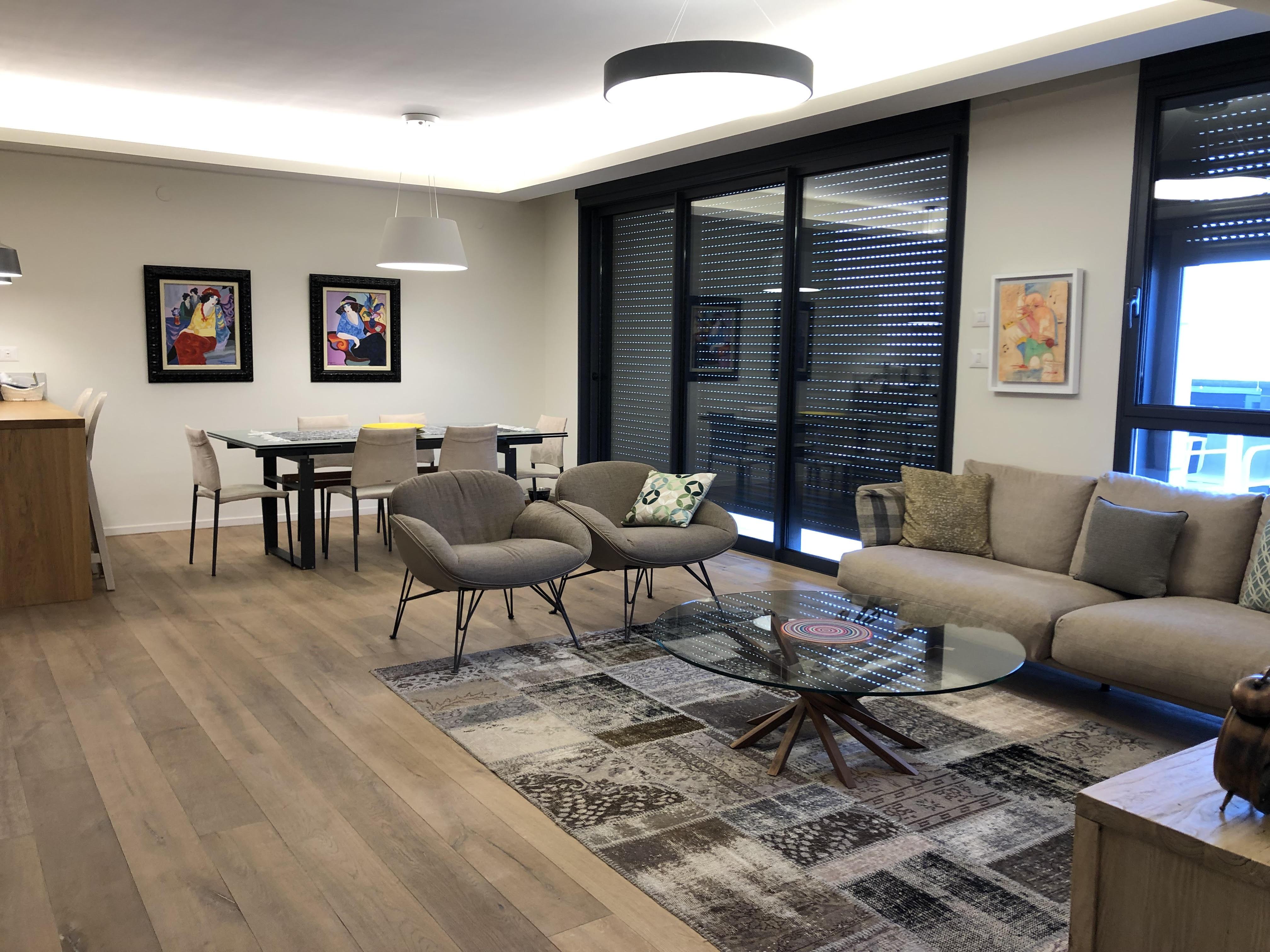 למכירה דירת מיני-פנטהאוז מדהימה בפרויקט גינדי TLV